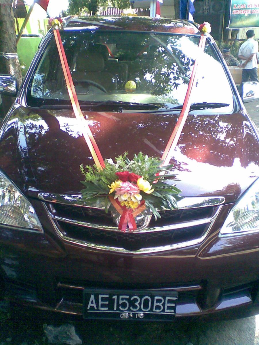 Toko Bunga Sragen - Sukowati Florist - Hias Mobil Depan